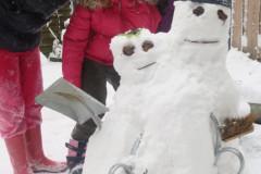 familie sneeuwpop
